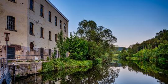 Von der Rolle: Die Faszination der stillgelegten Papierfabrik (1)