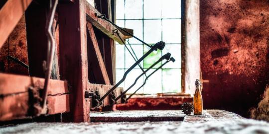 Zauberhaft rot: Die historische Glasschleife (3)